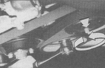 Откручиваем натяжной ролик ремня ГРМ w210